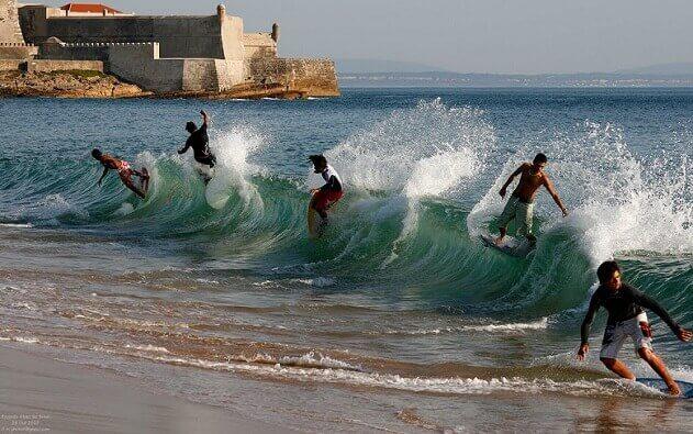 Albufeira surfing