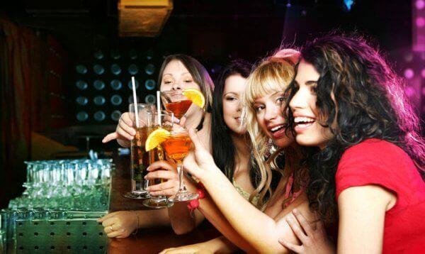 Giro dei bar e discoteca