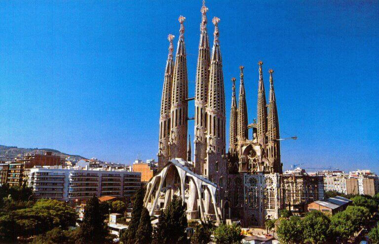 Sagrada Familia Tour and Visit
