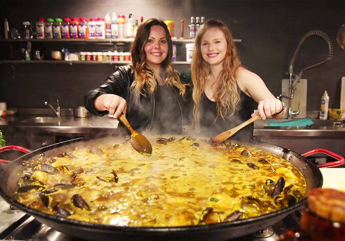 Learn How to Make Paella