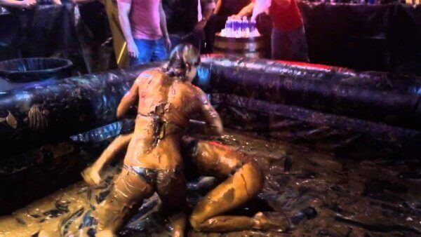 Mud Wrestling Barcelona