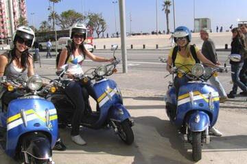 Tour della città in Vespa