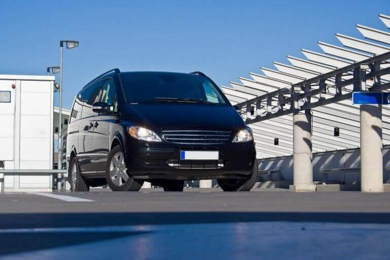 Porto minivan