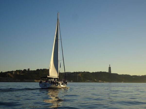 Private Lisbon Boat Hire